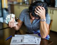 Не могу избавиться от долгов: в чем причины, и что делать?